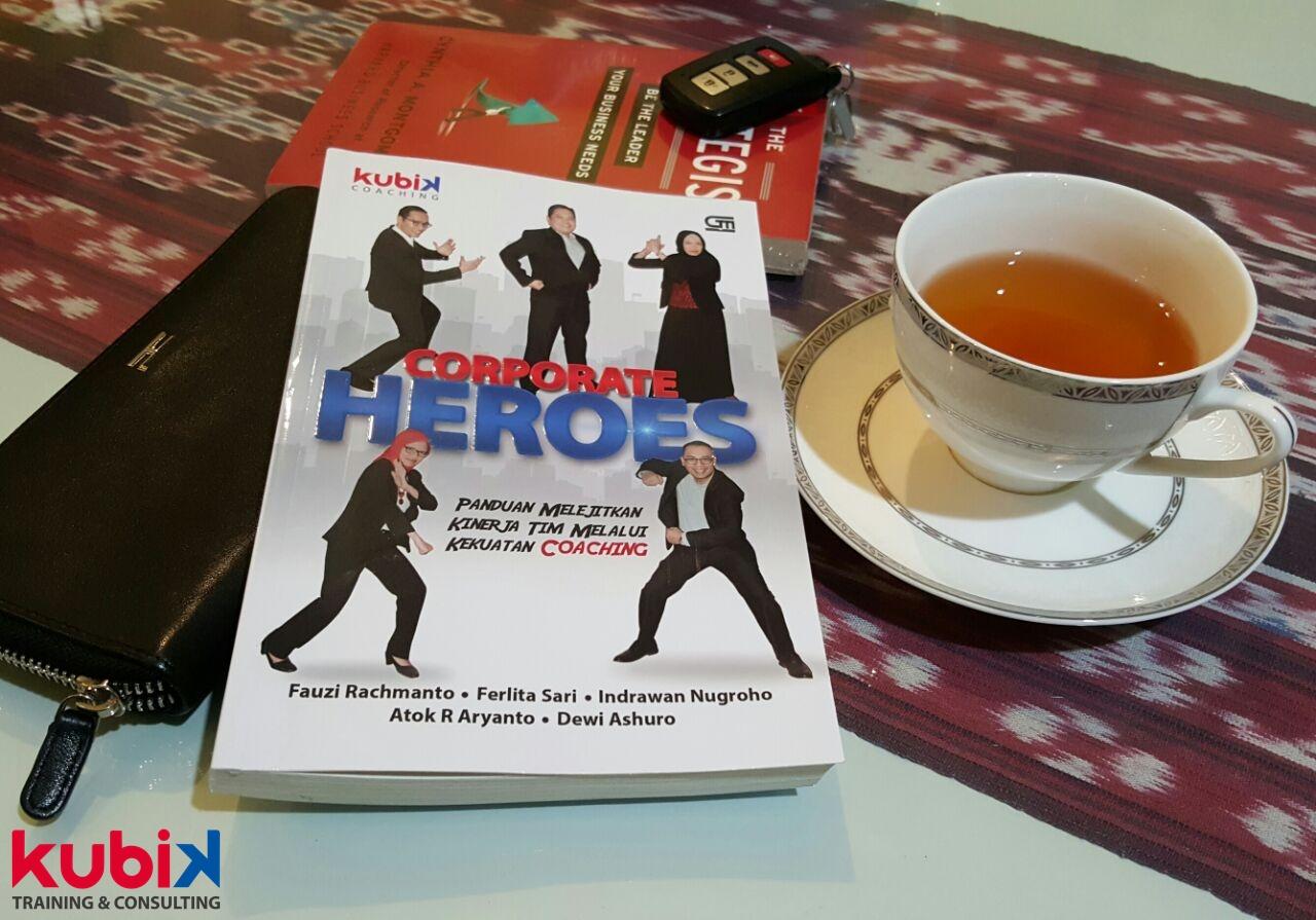 Buku Corporate Heroes Best Seller