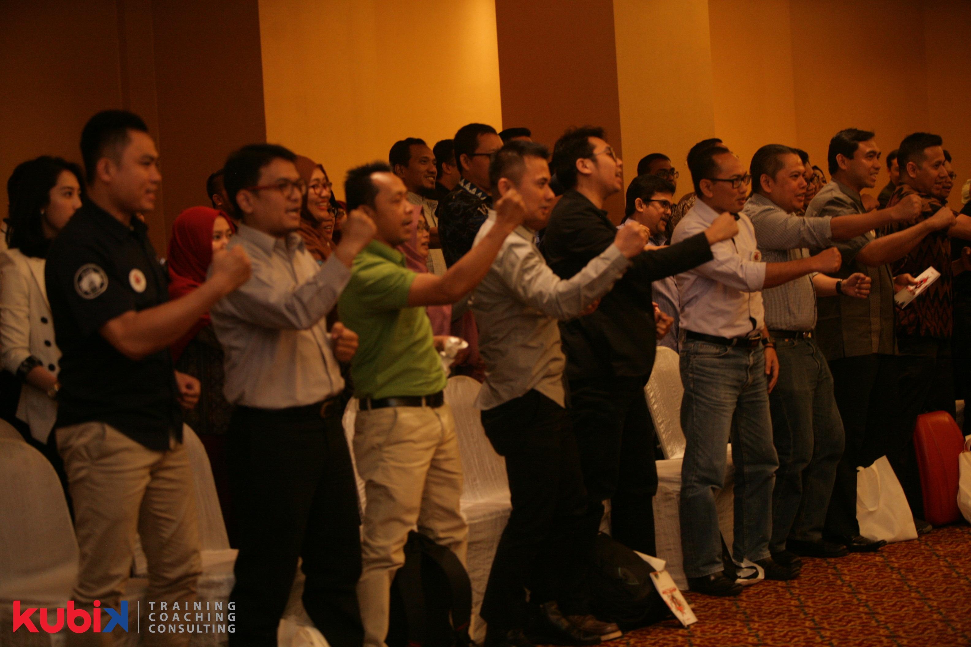 Kubik Leadership Training: Managerialship Vs Leadership