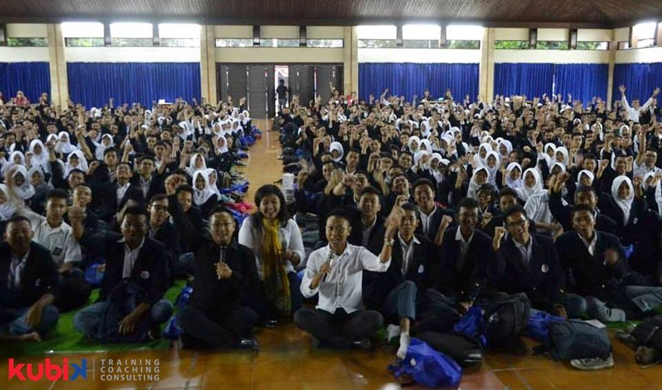 SuksesMulia Entertrainment di Politeknik Negeri Bandung