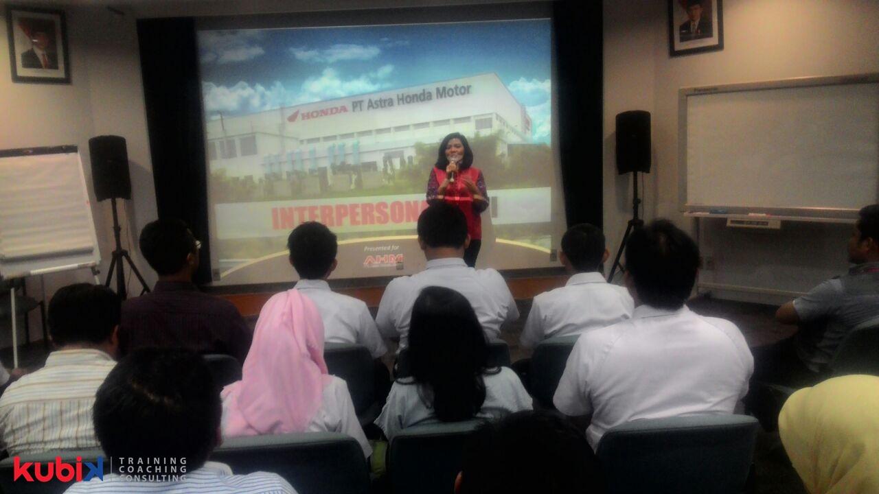 Pelatihan Bagi Para Supervisor di PT Astra Honda Motor
