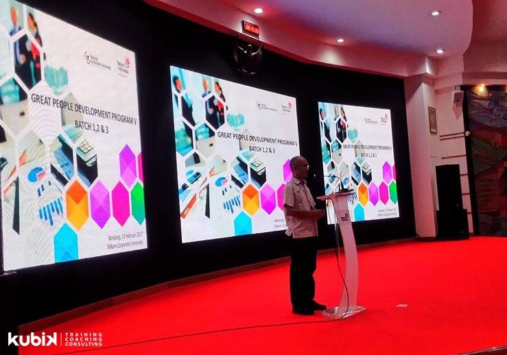 Seminar & Tim Building Program di Telkom Group
