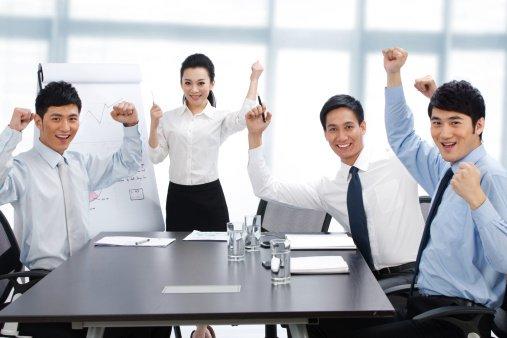 Seni Leadership: Etos Kerja Semu