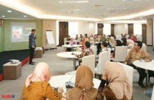 Seminar Motivasi di Otoritas Jasa Keuangan