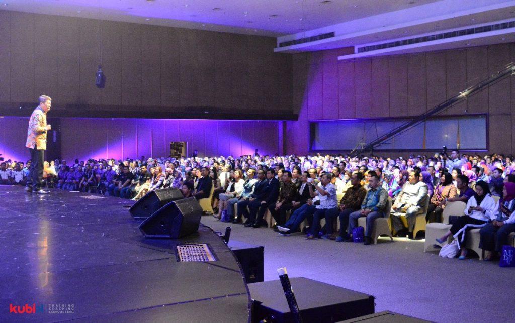 Seminar Motivasi di PT Milagros Indonesia Megah